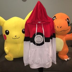 Pokémon ball long sleeved hooded t-shirt. Unisex.